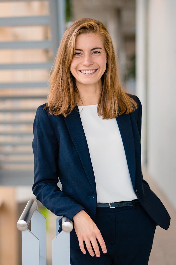 Portraitfoto Julia Müller